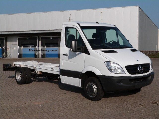 mercedes benz sprinter 516 cdi chassis 100 km 2012