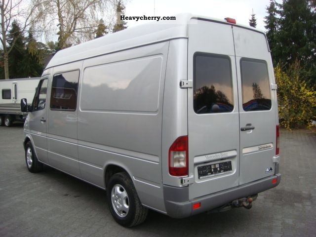 mercedes benz sprinter 211 cdi 5 seater 2006 estate. Black Bedroom Furniture Sets. Home Design Ideas