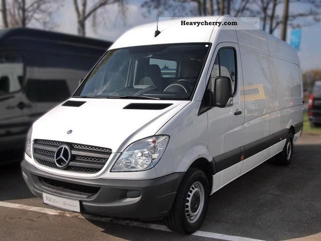 Mercedes benz sprinter 313 cdi wall window 2 seater a for 2 seater mercedes benz