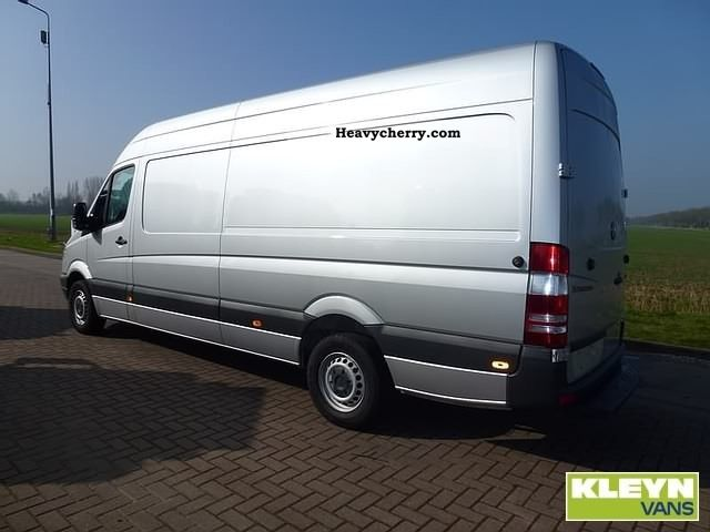 mercedes benz sprinter 319 cdi 2010 box type delivery van. Black Bedroom Furniture Sets. Home Design Ideas