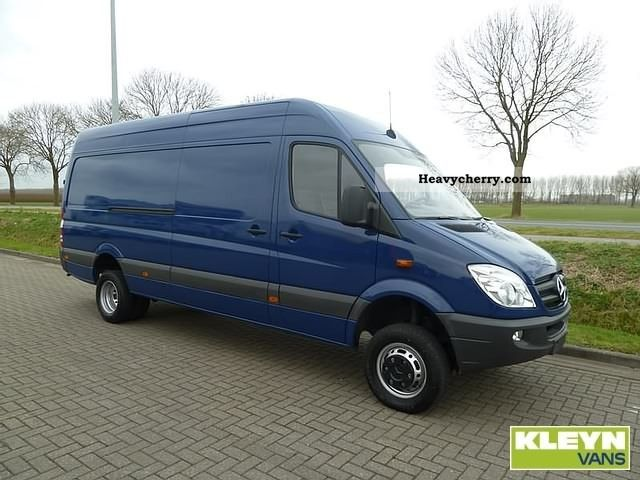 Mercedes benz sprinter 519 cdi 4x4 2010 box type delivery for 2010 mercedes benz sprinter