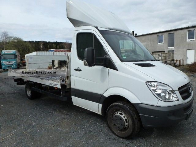 Mercedes benz sprinter 516 2009 chassis truck photo and specs for Mercedes benz sprinter chassis