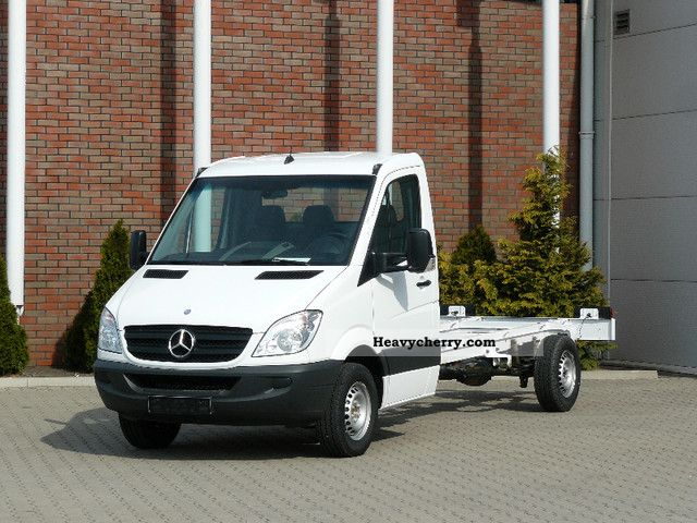 Mercedes benz sprinter 316 cdi chassis 4325 mm 2011 for Mercedes benz sprinter chassis