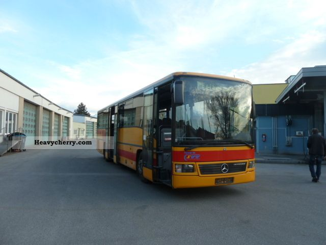 Mercedes benz integro o 550 1998 cross country bus photo for What country is mercedes benz from