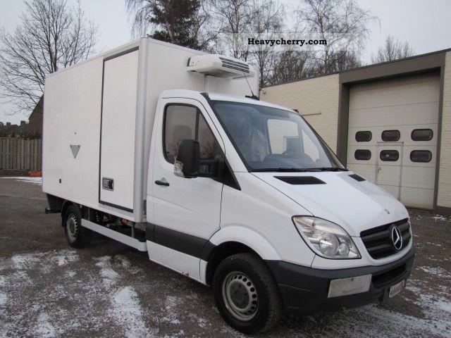 mercedes-benz sprinter 315 cdi 2009 refrigerator body truck photo