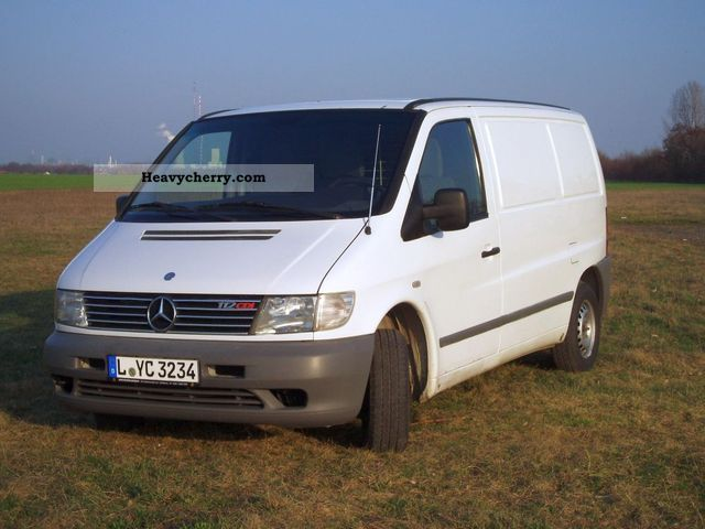 mercedes benz vito 112 cdi 2001 box type delivery van photo and specs. Black Bedroom Furniture Sets. Home Design Ideas