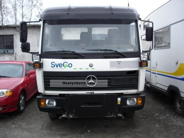 1999 Mercedes-Benz  814 Van or truck up to 7.5t Tipper photo