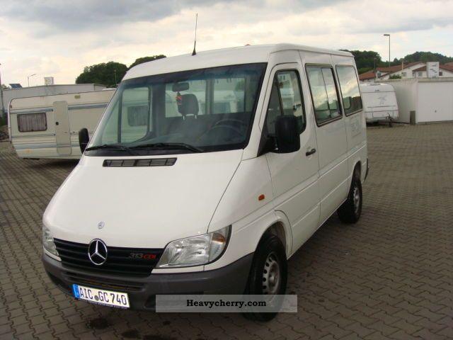 2000 Mercedes-Benz  313 CDI Van or truck up to 7.5t Box-type delivery van photo