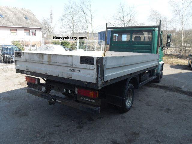 Mercedes benz vario 614 open box truck 2001 box type for Mercedes benz box truck