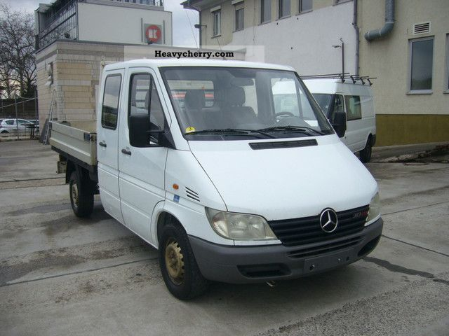 2002 Mercedes-Benz  Sprinter 313 CDI / Doka Van or truck up to 7.5t Stake body photo