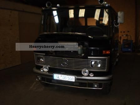 1982 Mercedes-Benz  DB 508 Van or truck up to 7.5t Stake body photo