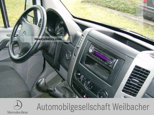 mercedes benz sprinter 211 cdi stereo radio ready 2008. Black Bedroom Furniture Sets. Home Design Ideas