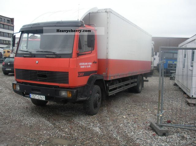 1992 Mercedes-Benz  1317 1320 1117 1520 no case Truck over 7.5t Box photo