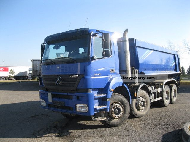 2007 Mercedes-Benz  Axor 3240 8x4 Euro 4 Truck over 7.5t Tipper photo
