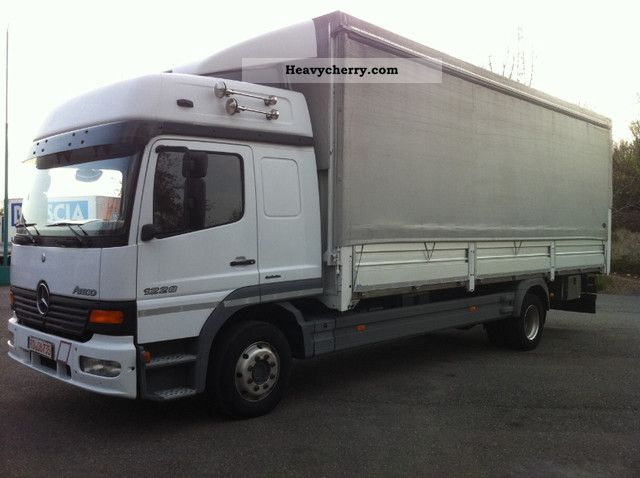 8e998ad925 2004 Mercedes-Benz ATEGO 1228 Truck over 7.5t Stake body and tarpaulin photo