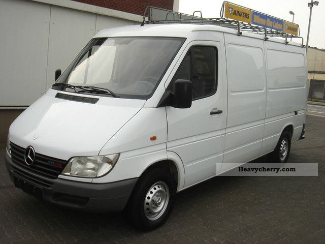mercedes benz sprinter 211 cdi long 2002 box type delivery. Black Bedroom Furniture Sets. Home Design Ideas