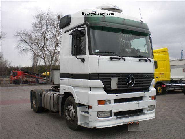 Mercedes benz actros 2001 standard tractor trailer unit for Mercedes benz semi trucks