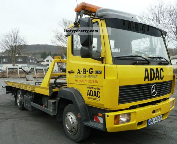 1995 Mercedes-Benz  817 m flat car. Towing eye and winch Van or truck up to 7.5t Breakdown truck photo