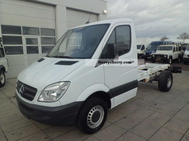 Mercedes benz sprinter 415 cdi climate abs chassis for Mercedes benz sprinter chassis