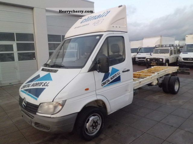 Mercedes benz sprinter 411 cdi maxi chassis 2000 for Mercedes benz sprinter chassis