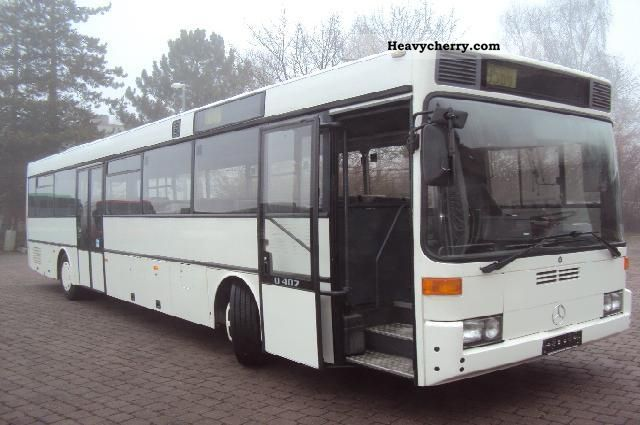 1995 Mercedes-Benz  O 407 Coach Cross country bus photo