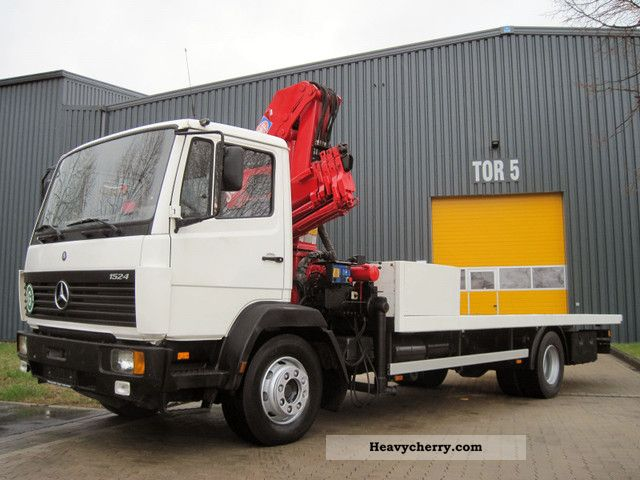 1997 Mercedes-Benz  1524 Crane-radio-4xHydr. 1xMech. Truck over 7.5t Truck-mounted crane photo