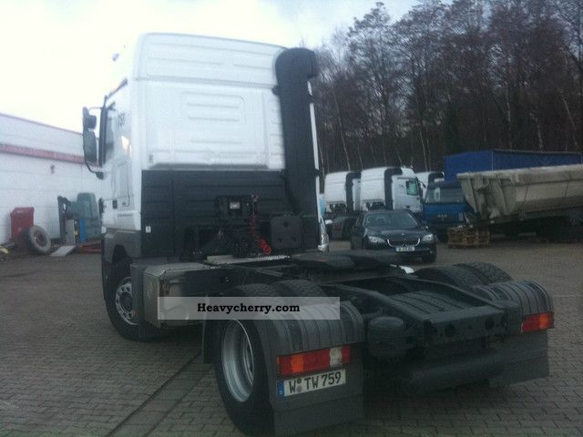 Tractor Trailer Clutches : Mercedes benz actros mega space with a clutch pedal
