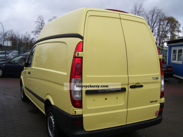 Mercedes benz vito 109 cdi high roof 2006 box type for Mercedes benz roof box