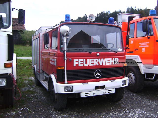 1983 Mercedes-Benz  1013 Fire Truck over 7.5t Other trucks over 7 photo