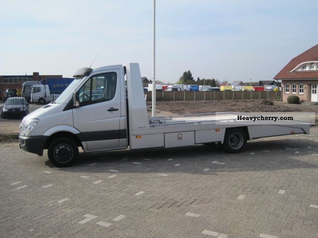 mercedes benz sprinter 518 cdi car transporter 2009 car carrier truck photo and specs. Black Bedroom Furniture Sets. Home Design Ideas