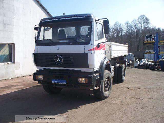 Mercedes benz 1824 4x4 wywrotka 1994 three sided tipper for Mercedes benz 4x4 truck