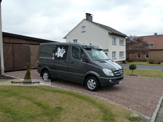 mercedes benz 216 cdi sprinter 2009 box type delivery van. Black Bedroom Furniture Sets. Home Design Ideas
