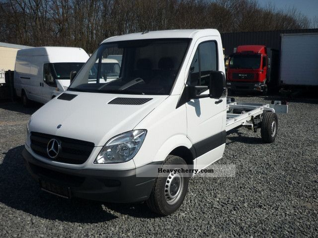 2011 Mercedes-Benz  316 CDI climate for new vehicles 4325 mm Wheelbase Van or truck up to 7.5t Chassis photo