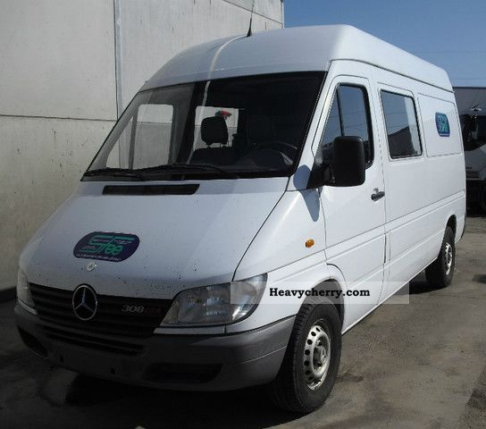 mercedes benz sprinter 308 cdi 7 seat apc 2002 box type. Black Bedroom Furniture Sets. Home Design Ideas