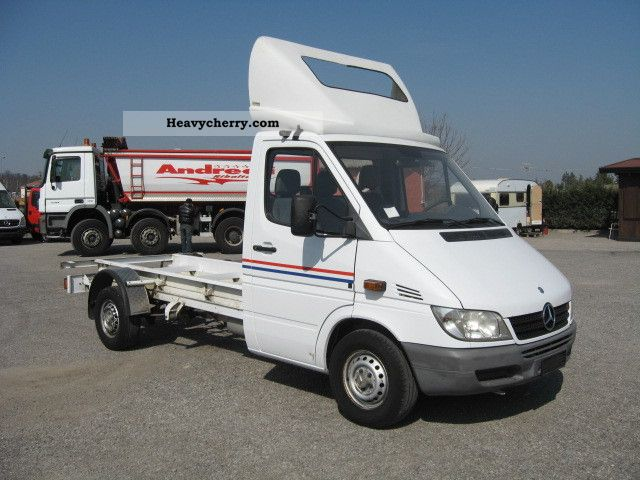 mercedes benz 316 cdi sprinter chassis price 4900 2004