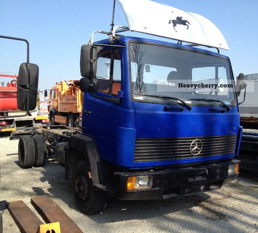 1989 Mercedes-Benz  814-6 Gear - 6 cylinders Van or truck up to 7.5t Chassis photo
