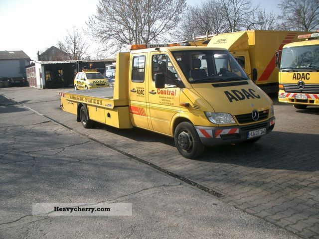 2005 Mercedes-Benz  616 CDI Van or truck up to 7.5t Breakdown truck photo