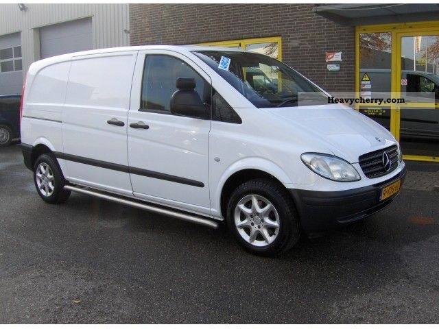mercedes benz vito 115 cdi 2009 box type delivery van photo and specs. Black Bedroom Furniture Sets. Home Design Ideas
