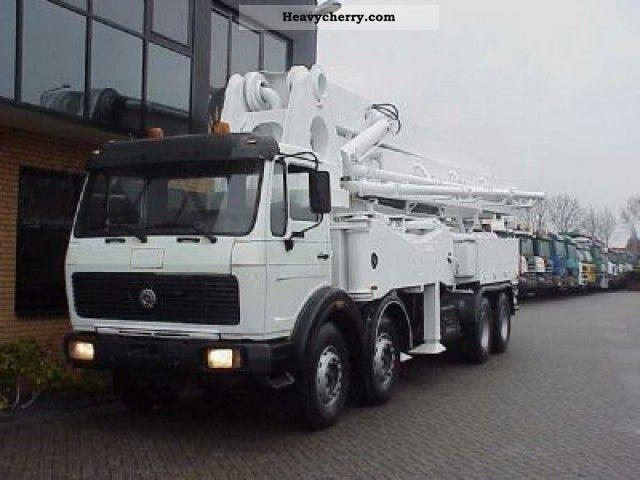 Mercedes-Benz 3336 8x4 PUMP 42 M SCHWING 1989 Concrete Pump Truck