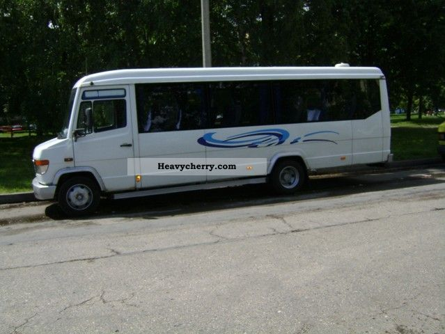 Mercedes benz mercedes vario 27 miejsc 1997 cross country for What country is mercedes benz from