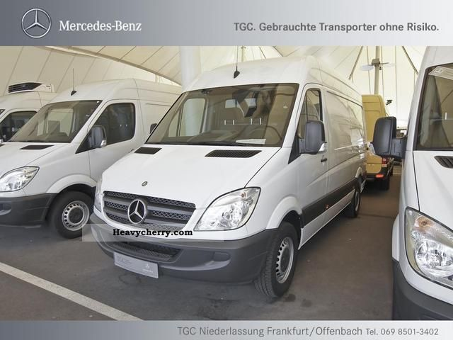 2011 Mercedes-Benz  Sprinter 216 CDI highly-long climate KG 3350, Van or truck up to 7.5t Box-type delivery van photo