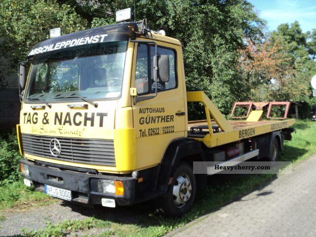 1993 Mercedes-Benz  Tow Van or truck up to 7.5t Breakdown truck photo