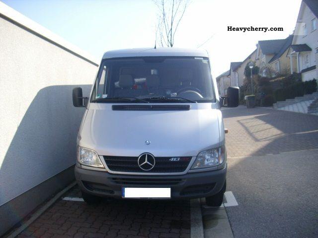 2004 Mercedes-Benz  413 Van or truck up to 7.5t Box-type delivery van photo
