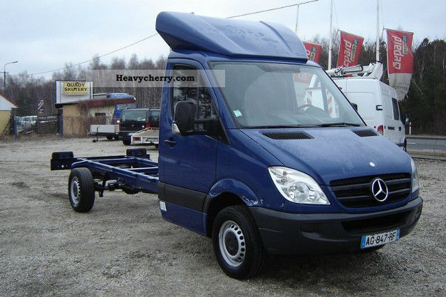 2009 Mercedes-Benz  SPRINTER 316 2.2CDI Van or truck up to 7.5t Chassis photo