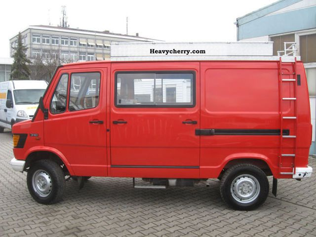 Mercedes benz 310 4x4 1990 box type delivery van photo and for Mercedes benz box truck