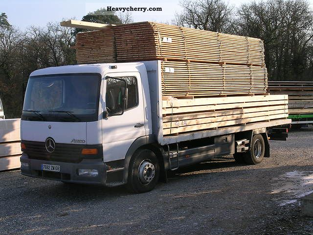 2000 Mercedes-Benz  Atego1318 Truck over 7.5t Stake body photo