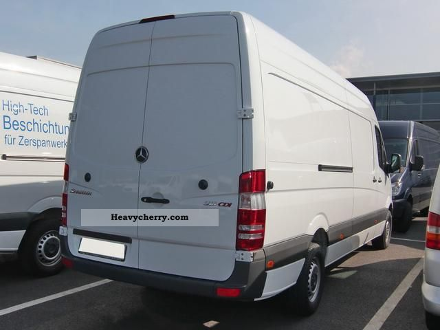 mercedes benz sprinter 316 cdi climate 2012 box type delivery van high photo and specs. Black Bedroom Furniture Sets. Home Design Ideas