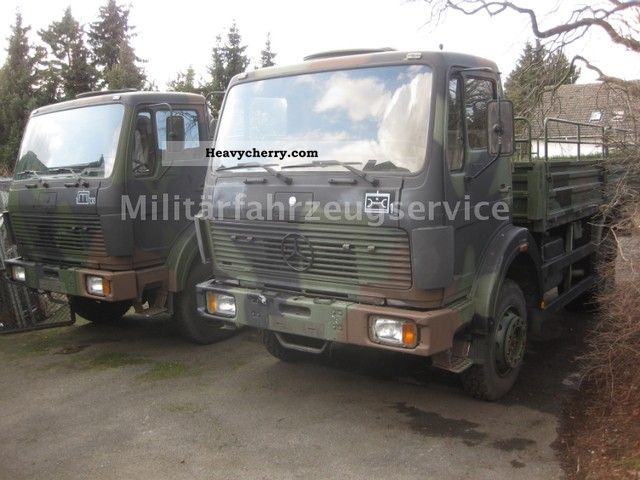 Mercedes benz 1017 4x4 1988 stake body truck photo and specs for Mercedes benz 4x4 truck