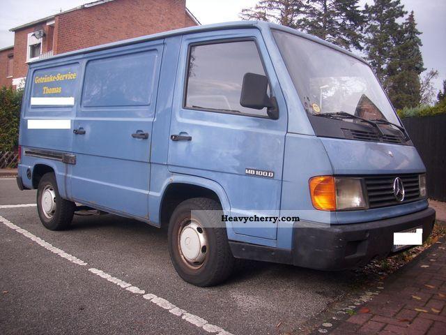 1994 Mercedes-Benz  100 Van or truck up to 7.5t Box-type delivery van photo