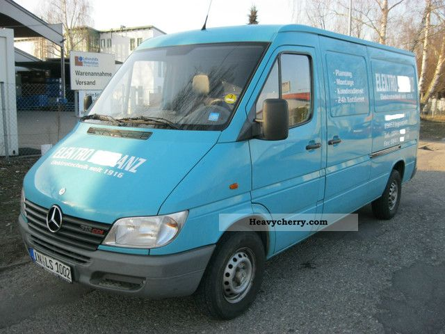 2000 Mercedes-Benz  313 truck registration Euro3 Ahk long climate Van or truck up to 7.5t Box-type delivery van photo